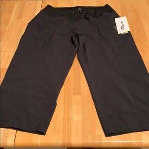 Saucony Run Dry Capri type running pants